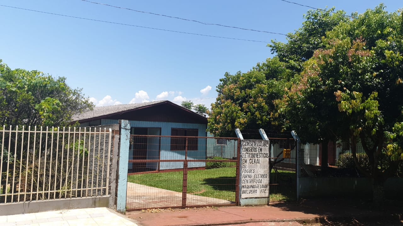 LOTE 1028