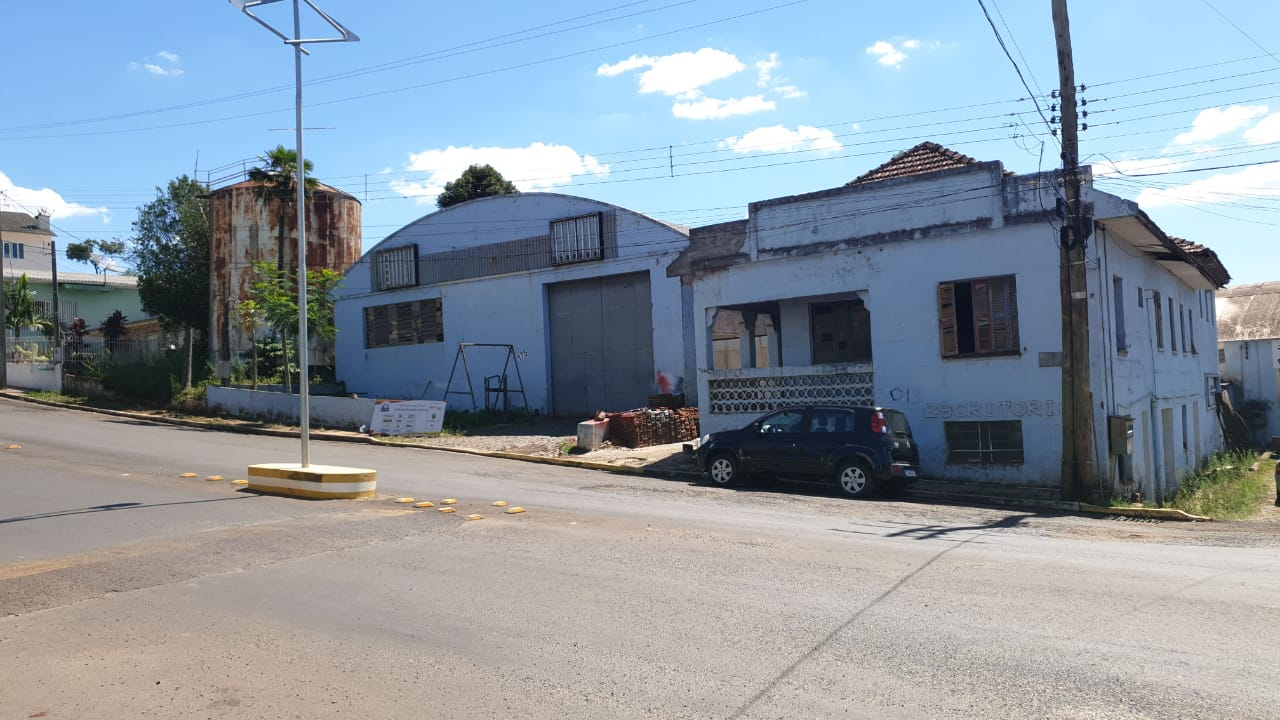 LOTE 01421.001
