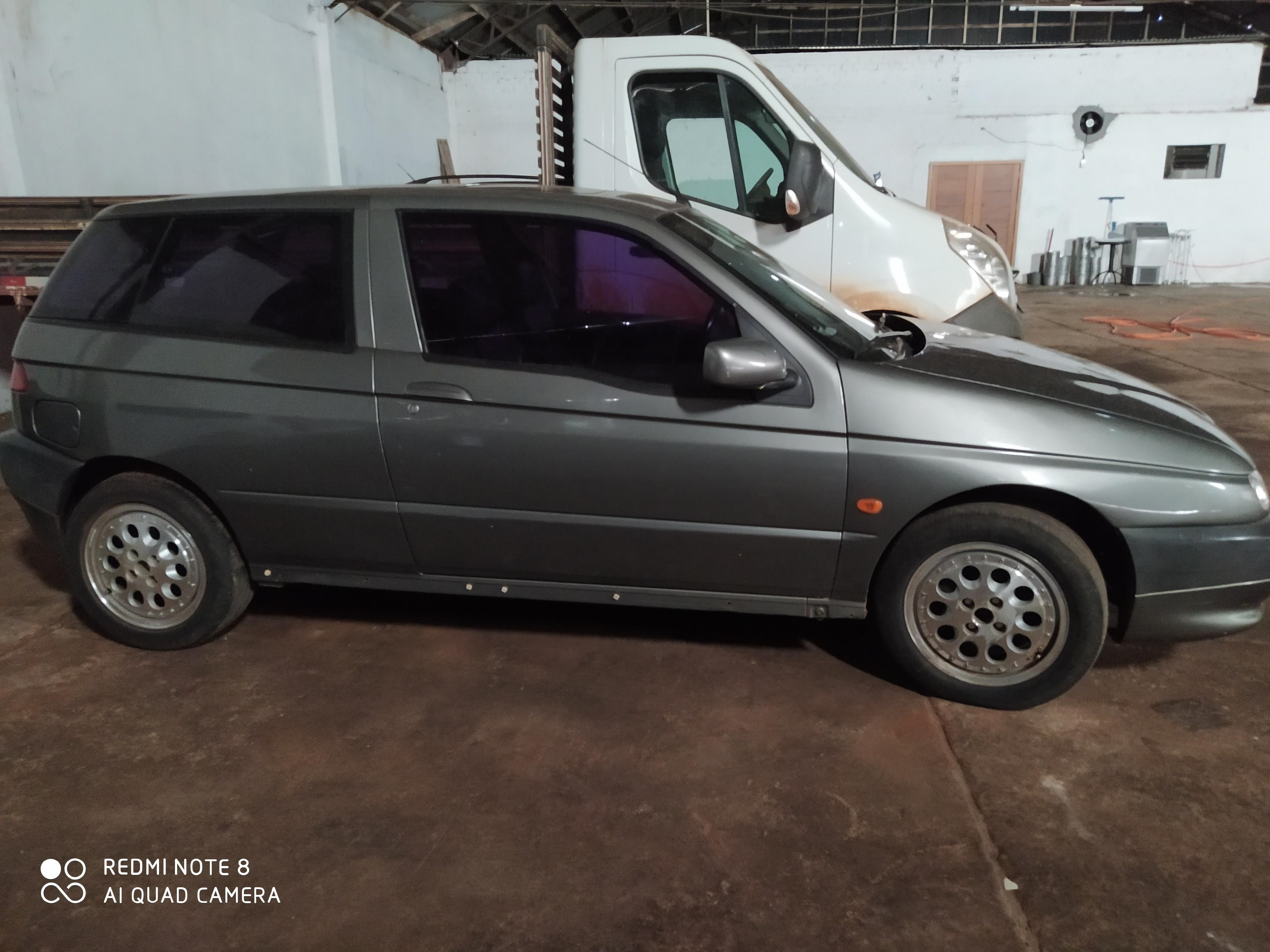 LOTE 2570